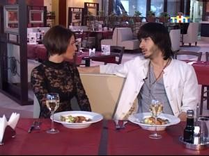 Вика Берникова и Тигран Салибеков в ресторане