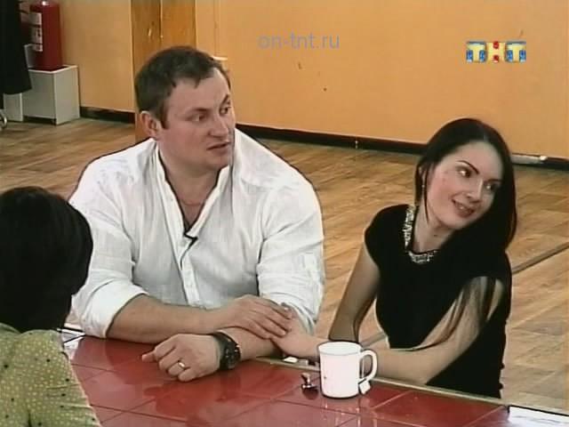 Андрей и Катя вместе общаются с ребятами